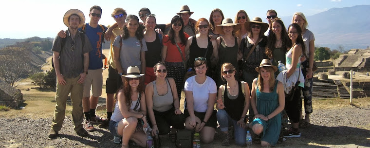 Group of UVM students in Oaxaca