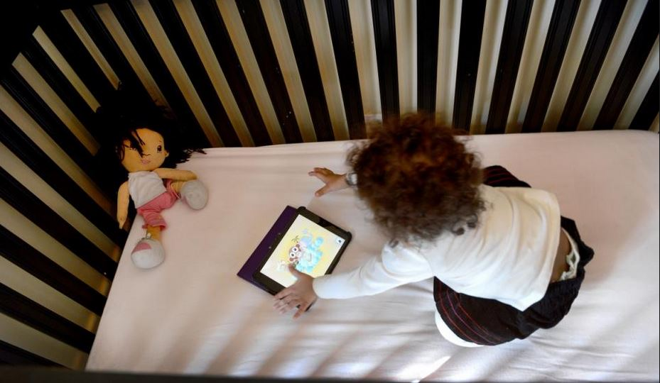 Behavior Problems and Screen Time: What Causes What?