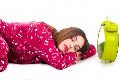 "Study Explores Humans' ""Natural"" Sleep Patterns"