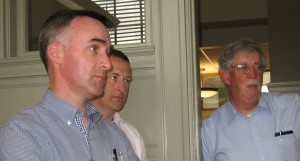 Kevin Connolly and James McDonnell, Teagasc, discuss the finer points of chattel loans with Alan Curler, VT Ag Credit Corp.