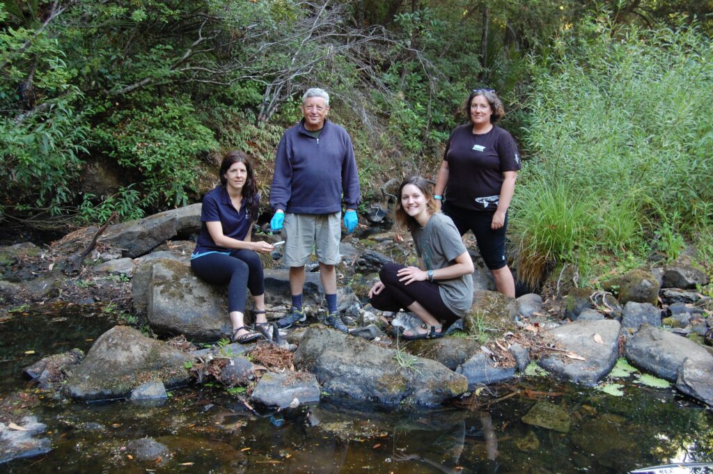 Photo by Local Matters, https://m.localmatters.co.nz/news/37047-us-researcher-probes-stream-volunteers.html