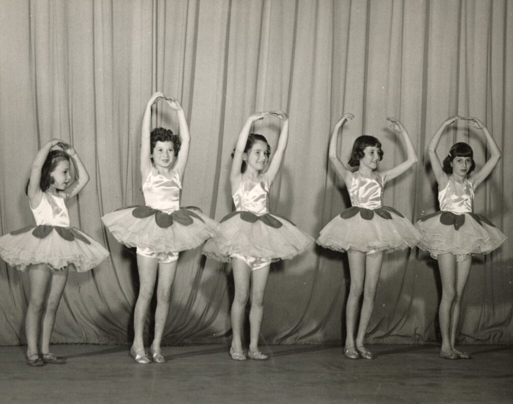 Students performing at 1952 recital.